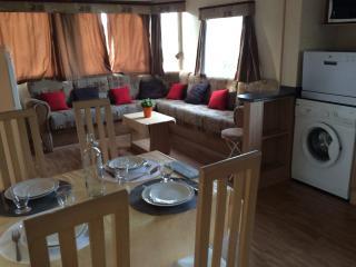 Vacances grand confort, Lac de Biscarosse - Gastes vacation rentals