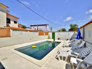 3 bedroom Villa with Internet Access in Foli - Foli vacation rentals