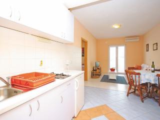 A3 -  Apartments Makarska - Makarska vacation rentals