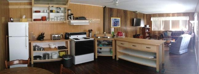 1970s Trailer - Spacious Comfortable Living Space - Crowsnest Pass vacation rentals