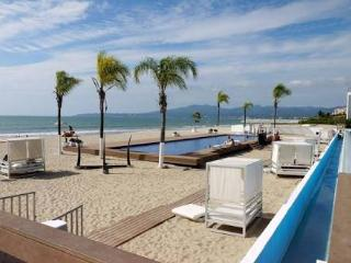 Beautiful Beachfront Condo in Nuevo  Vallarta - Nuevo Vallarta vacation rentals