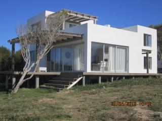 Nice 3 bedroom La Pedrera House with Internet Access - La Pedrera vacation rentals