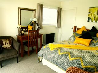 Bright Moeraki Studio rental with Housekeeping Included - Moeraki vacation rentals