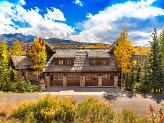 Surrounded by beauty, inside and out - Private hot tub, private elevator, game room - Five Woods Retreat - Mountain Village vacation rentals