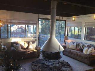Newly Remodeled ~ Rustic Luxe Pet Friendly Retreat - Carnelian Bay vacation rentals