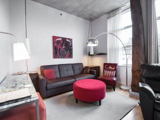 Downtown Suite-02 - Historical Old Montreal - Montreal vacation rentals