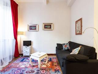 COLOSSEUM: RomAntica INN - Rome - Rome vacation rentals