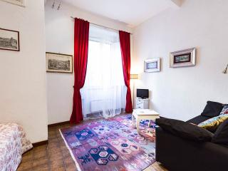 COLOSSEUM: RomAntica INN - Rome - Rome vacation rentals