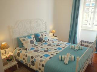 LISBON AQUA ROOM - Lisbon vacation rentals