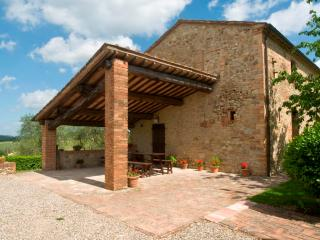 Poggino 9. Apartment with pool in the Chianti - Siena vacation rentals