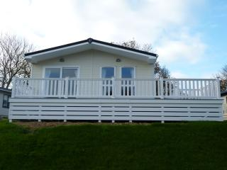A perfect place for kids, dogs and adults alike - Milford on Sea vacation rentals