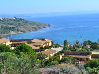 Baiarenella Residence 4 Rooms- Wifi e Parking Free - Sciacca vacation rentals