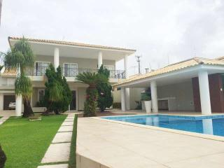 Bright House with Internet Access and Satellite Or Cable TV - Lauro de Freitas vacation rentals