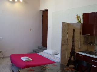 Appartamento con terrazza privata in Villa - Torre Del Greco vacation rentals