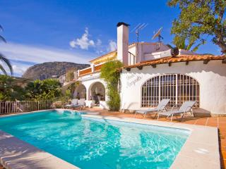 Villa Axel -  Close to the beach with private pool and BBQ. - Calpe vacation rentals