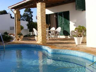 Villa Tibouchina close to beach & night life - Albufeira vacation rentals
