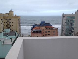 Cobertura quadra do mar (nova) - Itapema vacation rentals