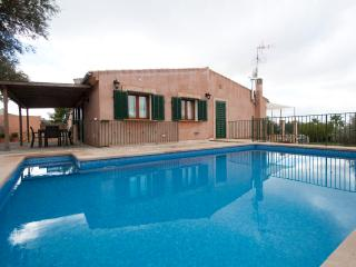 Cozy House with Internet Access and Private Outdoor Pool - Manacor vacation rentals