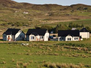 Perfect Cottage in Bunessan with Washing Machine, sleeps 4 - Bunessan vacation rentals