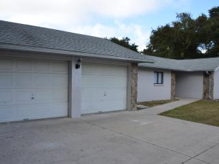 Sunny House with Internet Access and A/C - Cape Canaveral vacation rentals