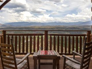 ABSOLUTE PERFECT CABIN-   GREAT VIEWS AND LOCATION - Pigeon Forge vacation rentals