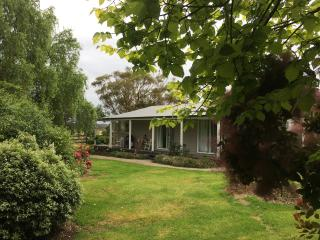 Blue Diamond Cottage - Balnarring vacation rentals