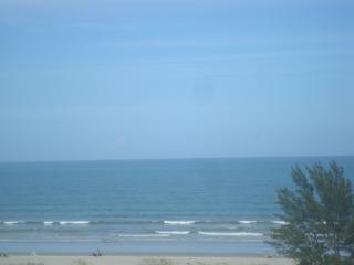 SEABREEZE 2BD/1BA CONDO IN THE OCEANFRONT COMPLEX - Cocoa Beach vacation rentals