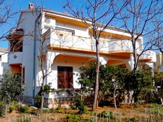 TH01216 Apartments Peranić / Two bedroom A2 JUG - Pag vacation rentals