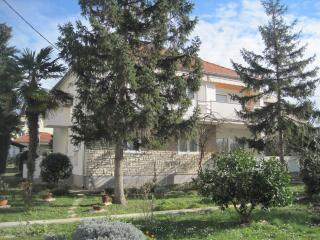 Bright 3 bedroom Apartment in Zadar with Internet Access - Zadar vacation rentals