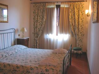 Lovely 2 bedroom Vacation Rental in Province of Pisa - Province of Pisa vacation rentals