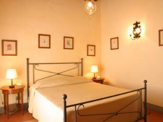Adorable 3 bedroom Province of Pisa Apartment with Internet Access - Province of Pisa vacation rentals