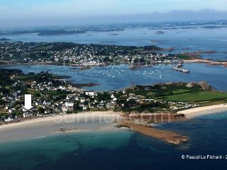 Appartement avec vue sur mer en Bretagne - Plougasnou vacation rentals
