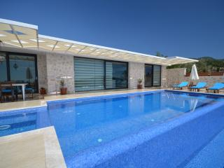 Luxury Villa Üzümlü/2 Bedrooms /5 min stay - Kalkan vacation rentals