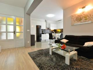 cosy and modern apartment Milatić - Jelsa vacation rentals