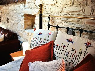 Traditional Village Apartment - Mulberry - Vavla 			 vacation rentals