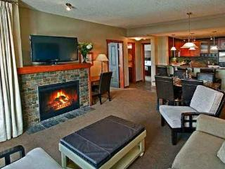 Canmore Blackstone Mountain Lodge Beautiful 1 Bedroom Condo - Canmore vacation rentals
