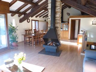 4 bedroom House with Central Heating in Sort - Sort vacation rentals