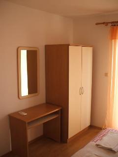 2 bedroom Condo with Fireplace in Lopar - Lopar vacation rentals