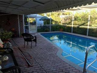 4 Bedroom with Private Pool, Bbq Area, Cable/Wifi - Tamarac vacation rentals