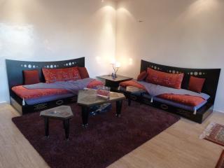 Appartement luxueux au Centre de la ville Nouvelle - Fes vacation rentals