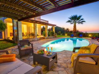 Lovely 3 bedroom Spartia Villa with Internet Access - Spartia vacation rentals