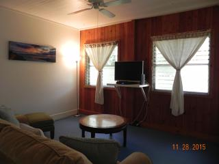 1 bedroom Private room with Internet Access in Haleiwa - Haleiwa vacation rentals
