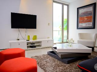Luxury 2 Bdr Steps to the 5th Avenue! - Playa del Carmen vacation rentals