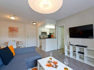 Lovely 2 bedroom Condo in West Hollywood - West Hollywood vacation rentals
