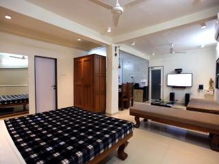 Yash Villa The Only Studio Apartment in Panchgani. - Panchgani vacation rentals