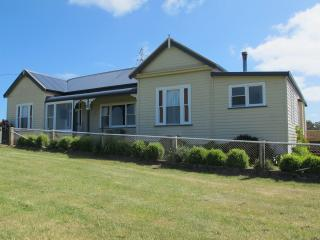 Nice House with Internet Access and Parking - Stanley vacation rentals