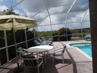 Linda  !special price in August and September ! - Lehigh Acres vacation rentals