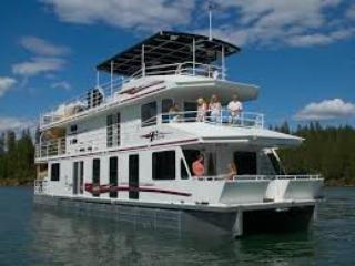 Sunderban House Boat & Cruise By Bengal Tourism - Kolkata (Calcutta) vacation rentals