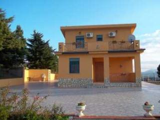Nice Villa with Internet Access and Dishwasher - Bolognetta vacation rentals