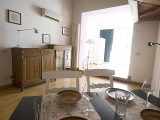 1 bedroom Apartment with Television in Rome - Rome vacation rentals